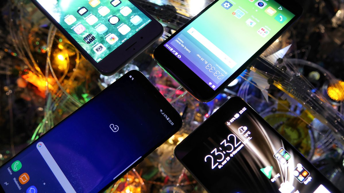 Fototest selfie: Nowa nadzieja Galaktyki (Samsung Galaxy S8+, iPhone 7 Plus, LG G5, Zenfone 3 Deluxe)