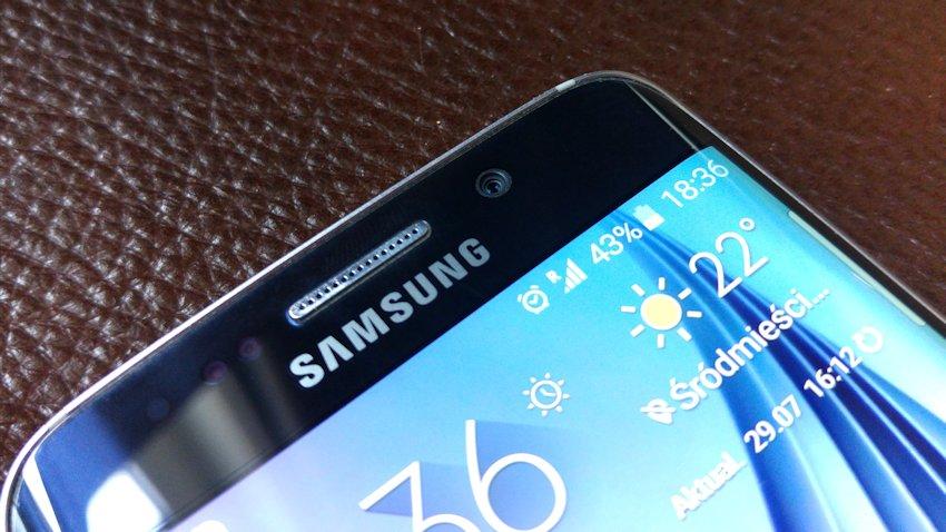 Photo of Samsung pracuje nad mocnym smartfonem z podwójnym ekranem i klapką