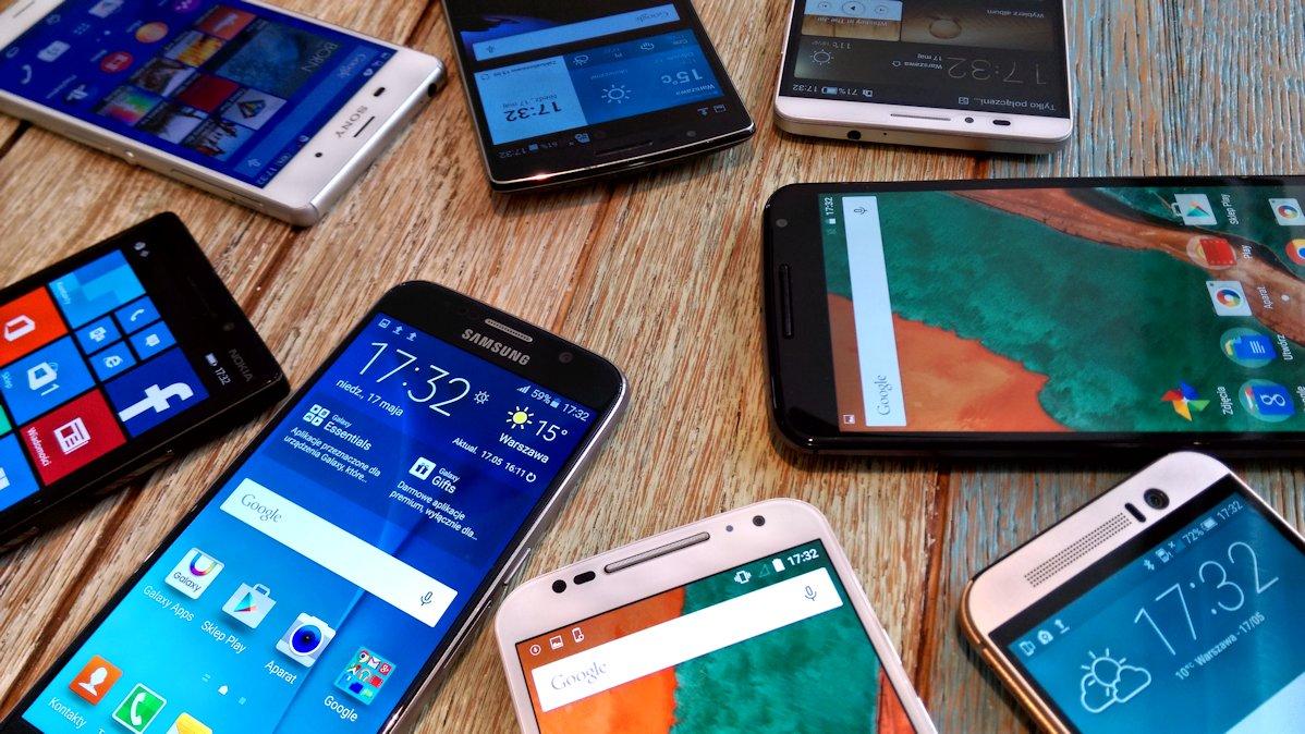 Fototest selfie: Ośmiu wspaniałych (One M9, Mate 7, Flex 2, Moto X, Nexus 6, Lumia 930, Galaxy S6, Xperia Z3)
