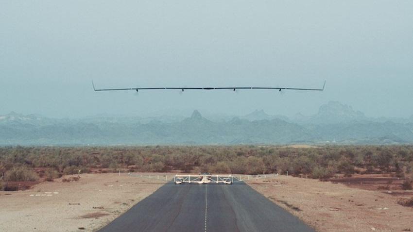 Photo of Facebook chce dostarczać internet poprzez drony. Lot testowy pierwszego zakończony sukcesem