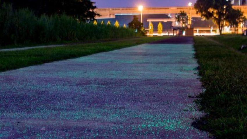 Photo of Singapur testuje nawierzchnię, która świeci w ciemności