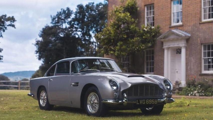 1964-Aston-Martin-DB5-640x426