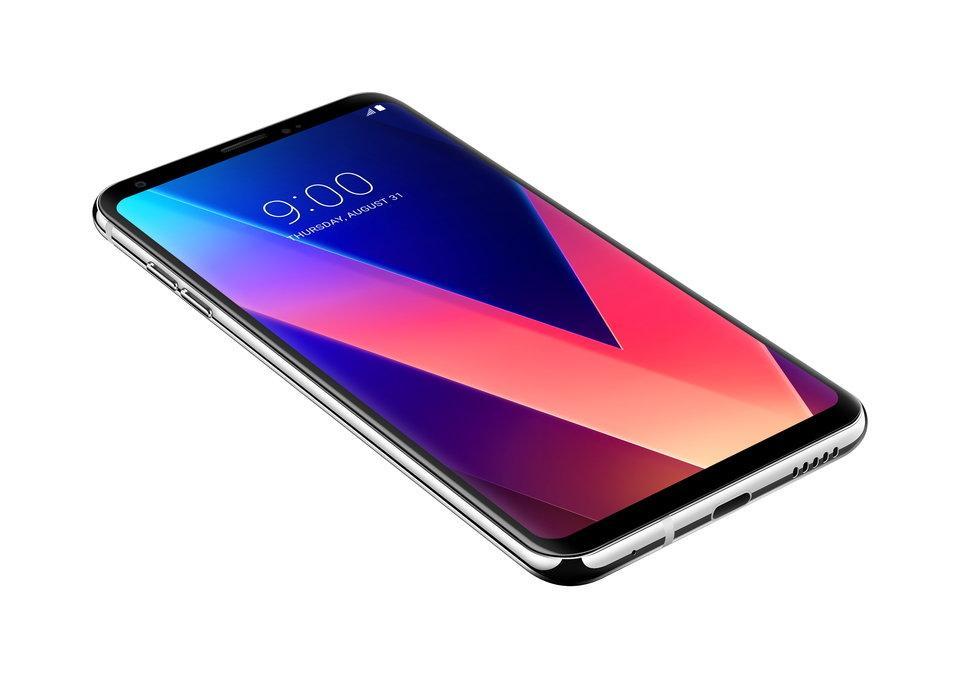 lg-v30-3 LG V30 oficjalnie – nowy multimedialny smartfon o potężnej specyfikacji i atrakcyjnej stylistyce