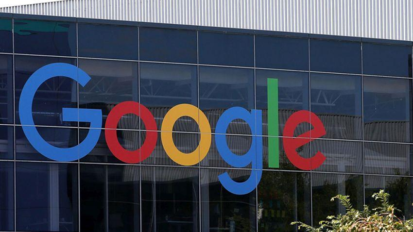 Photo of Spokojnie, Google nie kupi Apple