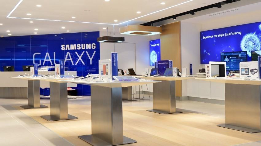 Photo of Samsung otworzył trzeci Brand Store w Warszawie
