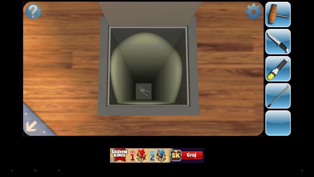 Latarka-przydaje-się-w-kazdym-rodzaju-gry Recenzja Can You Escape