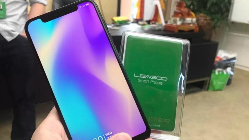 Photo of Leagoo przedstawia model S9, który mocno czerpie z designu iPhone'a X