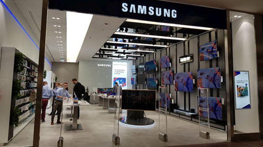 Photo of Samsung ma już 20 oficjalnych salonów w Polsce